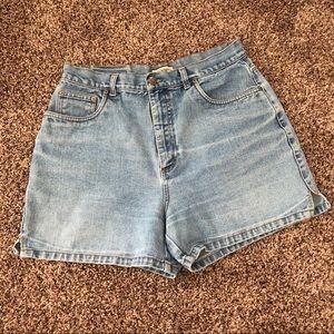 Genera high waisted mom shorts